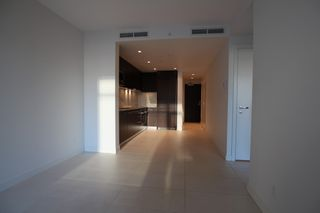 Photo 9: : Vancouver Condo for rent : MLS®# AR086