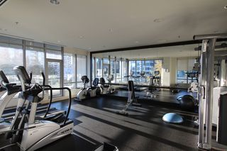 Photo 15: : Vancouver Condo for rent : MLS®# AR086