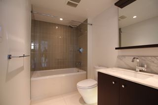 Photo 12: : Vancouver Condo for rent : MLS®# AR086