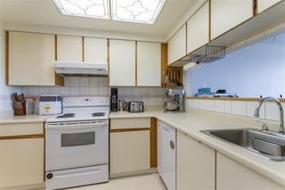 Photo 3: 910 460 WESTVIEW STREET in Coquitlam: Coquitlam West Condo for sale : MLS®# R2414741
