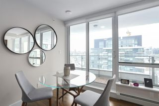 """Photo 5: 1501 159 W 2ND Avenue in Vancouver: False Creek Condo for sale in """"TOWN GREEN AT WEST"""" (Vancouver West)  : MLS®# R2429033"""