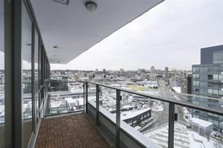 """Photo 9: 1501 159 W 2ND Avenue in Vancouver: False Creek Condo for sale in """"TOWN GREEN AT WEST"""" (Vancouver West)  : MLS®# R2429033"""