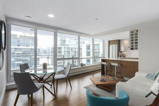 """Photo 2: 1501 159 W 2ND Avenue in Vancouver: False Creek Condo for sale in """"TOWN GREEN AT WEST"""" (Vancouver West)  : MLS®# R2429033"""