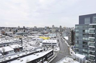 """Photo 10: 1501 159 W 2ND Avenue in Vancouver: False Creek Condo for sale in """"TOWN GREEN AT WEST"""" (Vancouver West)  : MLS®# R2429033"""