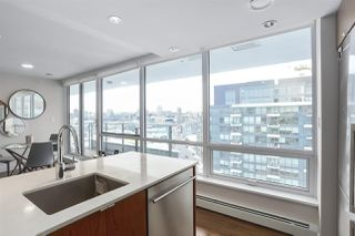 """Photo 8: 1501 159 W 2ND Avenue in Vancouver: False Creek Condo for sale in """"TOWN GREEN AT WEST"""" (Vancouver West)  : MLS®# R2429033"""