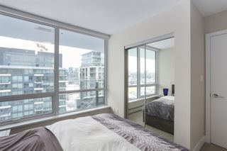 """Photo 12: 1501 159 W 2ND Avenue in Vancouver: False Creek Condo for sale in """"TOWN GREEN AT WEST"""" (Vancouver West)  : MLS®# R2429033"""