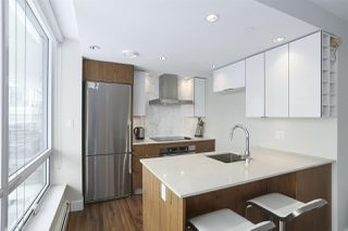 """Photo 6: 1501 159 W 2ND Avenue in Vancouver: False Creek Condo for sale in """"TOWN GREEN AT WEST"""" (Vancouver West)  : MLS®# R2429033"""