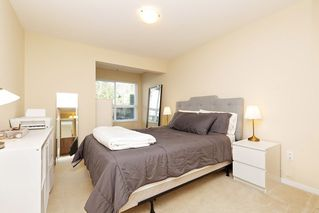 "Photo 9: 207 3082 DAYANEE SPRINGS BOULEVARD Boulevard in Coquitlam: Westwood Plateau Condo for sale in ""The Lanterns"" : MLS®# R2443838"