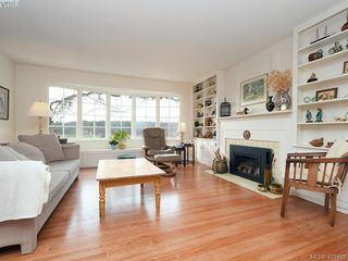 Photo 3: 1217 Mt. Newton Cross Rd in SAANICHTON: CS Inlet Single Family Detached for sale (Central Saanich)  : MLS®# 836296