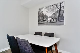 """Photo 5: 1005 118 CARRIE CATES Court in North Vancouver: Lower Lonsdale Condo for sale in """"PROMENADE"""" : MLS®# R2452137"""