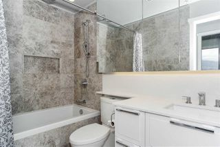 """Photo 9: 1005 118 CARRIE CATES Court in North Vancouver: Lower Lonsdale Condo for sale in """"PROMENADE"""" : MLS®# R2452137"""
