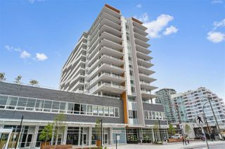 """Photo 1: 1005 118 CARRIE CATES Court in North Vancouver: Lower Lonsdale Condo for sale in """"PROMENADE"""" : MLS®# R2452137"""