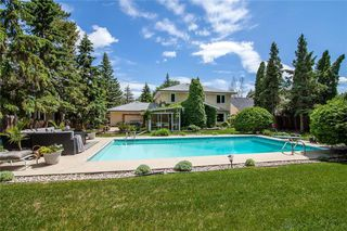 Photo 43: 98 Kinkora Drive in Winnipeg: Residential for sale (1F)  : MLS®# 202012788