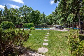 Photo 48: 98 Kinkora Drive in Winnipeg: Residential for sale (1F)  : MLS®# 202012788