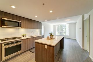 "Photo 3: 405 3096 WINDSOR Gate in Coquitlam: New Horizons Condo for sale in ""Mantyla by Polygon"" : MLS®# R2470868"
