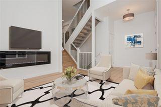 Photo 2: 2 9745 92 Street in Edmonton: Zone 18 Townhouse for sale : MLS®# E4210362