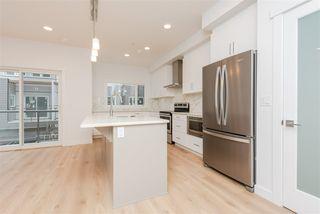 Photo 5: 2 9745 92 Street in Edmonton: Zone 18 Townhouse for sale : MLS®# E4210362