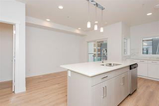 Photo 7: 2 9745 92 Street in Edmonton: Zone 18 Townhouse for sale : MLS®# E4210362