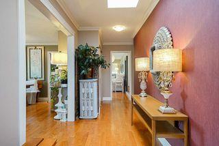 Photo 3: 12148 MAKINSON Street in Maple Ridge: Northwest Maple Ridge House for sale : MLS®# R2504100