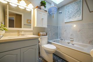 Photo 27: 12148 MAKINSON Street in Maple Ridge: Northwest Maple Ridge House for sale : MLS®# R2504100