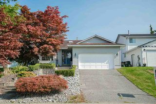 Photo 1: 12148 MAKINSON Street in Maple Ridge: Northwest Maple Ridge House for sale : MLS®# R2504100