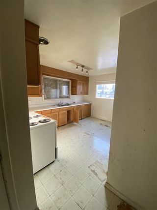 Photo 5: 12821 125 Street in Edmonton: Zone 01 House Duplex for sale : MLS®# E4217736