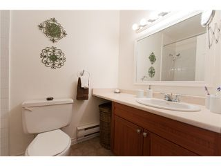 Photo 7: 3342 FINDLAY Street in Vancouver: Victoria VE Townhouse for sale (Vancouver East)  : MLS®# V849149