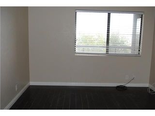 Photo 7: SAN DIEGO Townhouse for sale : 2 bedrooms : 3450 Columbia