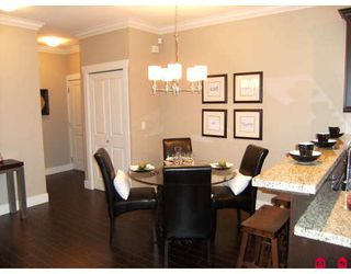 "Photo 15: 306 15368 17A Avenue in Surrey: King George Corridor Condo for sale in ""Ocean Wynde"" (South Surrey White Rock)  : MLS®# F2903694"