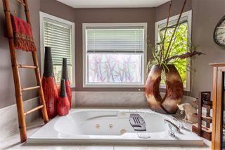 Photo 14: 3812 42 Street in Edmonton: Zone 29 House for sale : MLS®# E4168921