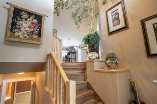 Photo 3: 3812 42 Street in Edmonton: Zone 29 House for sale : MLS®# E4168921