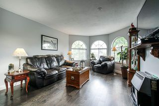 Photo 9: 26426 32A Avenue in Langley: Aldergrove Langley House for sale : MLS®# R2399522