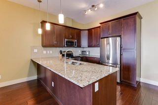 Photo 4: 454 6079 MAYNARD Way in Edmonton: Zone 14 Condo for sale : MLS®# E4173390