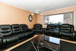 Photo 4: 27 Maple Ridge Drive in Edmonton: Zone 42 Mobile for sale : MLS®# E4176969