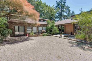 Photo 1: 309 MARINER Way in Coquitlam: Coquitlam East House for sale : MLS®# R2426449