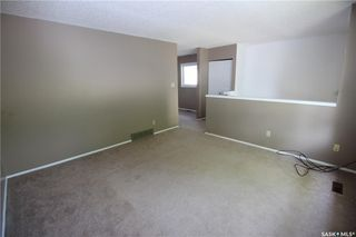 Photo 5: 303A-303B 6th Street South in Kenaston: Residential for sale : MLS®# SK810080