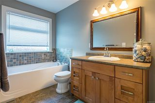 Photo 5: 2221 Whiskey Jack Way in : CV Courtenay East House for sale (Comox Valley)  : MLS®# 854228