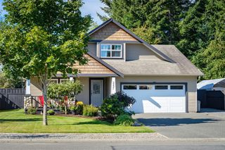 Photo 1: 2221 Whiskey Jack Way in : CV Courtenay East House for sale (Comox Valley)  : MLS®# 854228