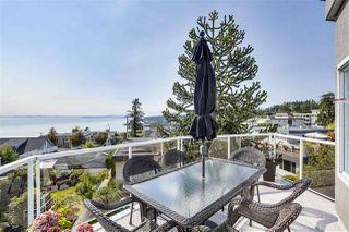 "Photo 21: 302 15130 PROSPECT Avenue: White Rock Condo for sale in ""SUMMIT VIEW"" (South Surrey White Rock)  : MLS®# R2495212"