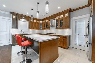 Photo 4: 7318 4TH Street in Burnaby: East Burnaby House for sale (Burnaby East)  : MLS®# R2502481