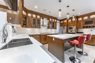 Photo 5: 7318 4TH Street in Burnaby: East Burnaby House for sale (Burnaby East)  : MLS®# R2502481