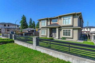 Photo 2: 7318 4TH Street in Burnaby: East Burnaby House for sale (Burnaby East)  : MLS®# R2502481