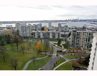 Photo 3: 1404 160 W KEITH Road in North Vancouver: Central Lonsdale Condo for sale : MLS®# V793156