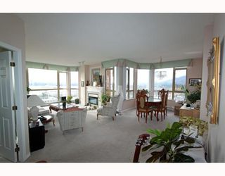Main Photo: 1404 160 W KEITH Road in North Vancouver: Central Lonsdale Condo for sale : MLS®# V793156