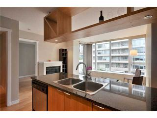 "Photo 4: 401 1010 RICHARDS Street in Vancouver: Downtown VW Condo for sale in ""THE GALLERY"" (Vancouver West)  : MLS®# V832364"