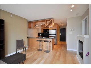 "Photo 1: 401 1010 RICHARDS Street in Vancouver: Downtown VW Condo for sale in ""THE GALLERY"" (Vancouver West)  : MLS®# V832364"