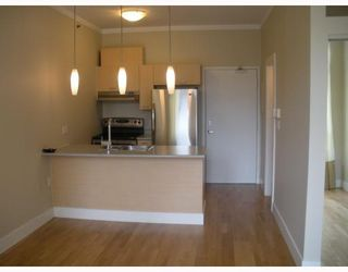"""Photo 8: 206 1 E CORDOVA Street in Vancouver: Downtown VE Condo for sale in """"Carrall Station"""" (Vancouver East)  : MLS®# V762414"""