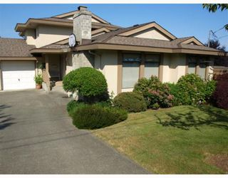 Main Photo: 601 CORMORANT Place in No_City_Value: Out of Town House for sale : MLS®# V771120