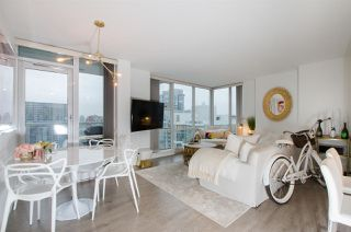 "Photo 6: 2807 193 AQUARIUS Mews in Vancouver: Yaletown Condo for sale in ""MARINASIDE RESORT"" (Vancouver West)  : MLS®# R2411655"