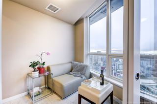 "Photo 10: 3606 833 SEYMOUR Street in Vancouver: Downtown VW Condo for sale in ""Capitol"" (Vancouver West)  : MLS®# R2411986"